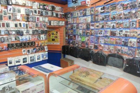 فرصة استثمارية لبيع محل في موقع ممتاز في شارع صخر الكائن من حدة