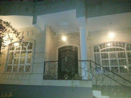 فيلا حجر بناء حديث للبيع في صنعاء حي مدارس النهضه