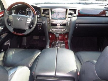 صور  2011 LEXUS LX 570 FOR SALE 2