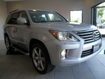 FOR SALE:USED 2013 Lexus LX 570 Base 4 Doors...... $30,000 USD