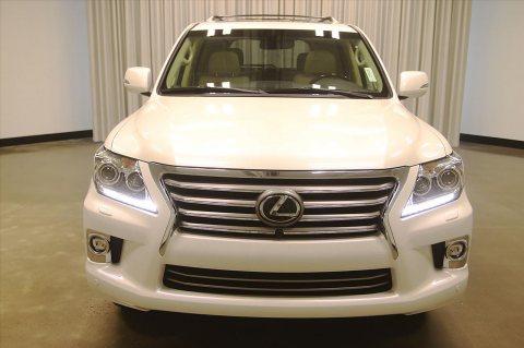 For sale USED 2015 Lexus LX 570 SUV WhatsApp.+2349077733480