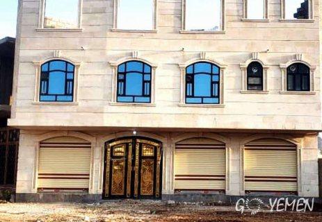 عرطه الموسم / دورين حجر والدور الثالث للسقف شارع 34 متر ب62